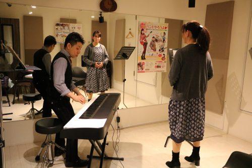 ボーカルレッスン 体験 東京