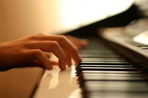 ピアノ 人気曲