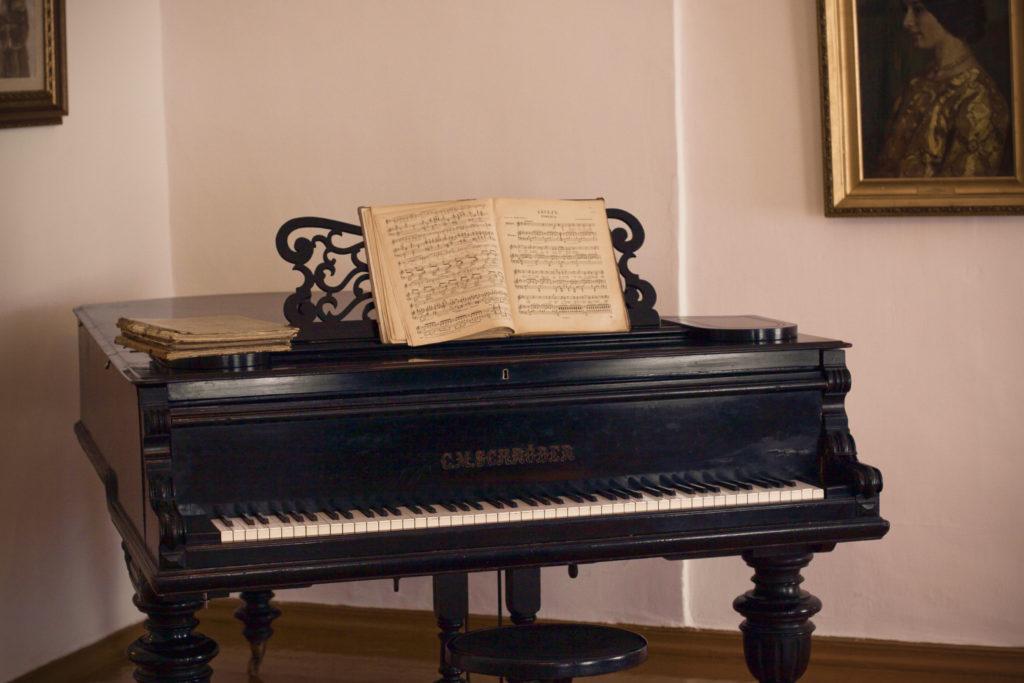 ピアノ 歴史