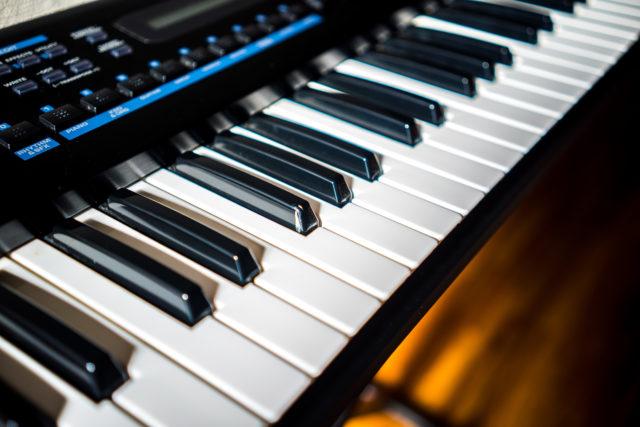 キーボードとは 楽器