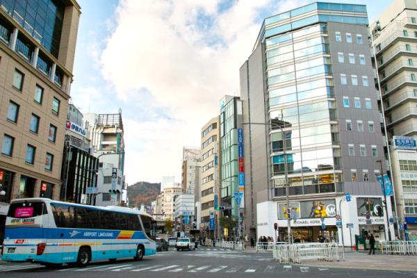 三宮スタジオはJR元町駅の近くです