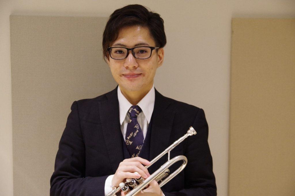 トランペットの体験レッスン担当は松川純也先生